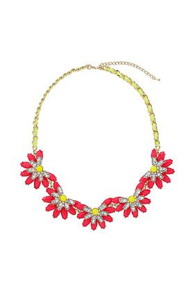 Fun necklace!  Would be prefect with a white T or a chambray button down