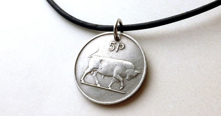 Irish, Coin necklace, Bull necklace, Musicians necklace, Leather necklace, Animal necklace, Irish harp, Celtic, Men's necklace, Coins, 1976 by CoinStories on Etsy