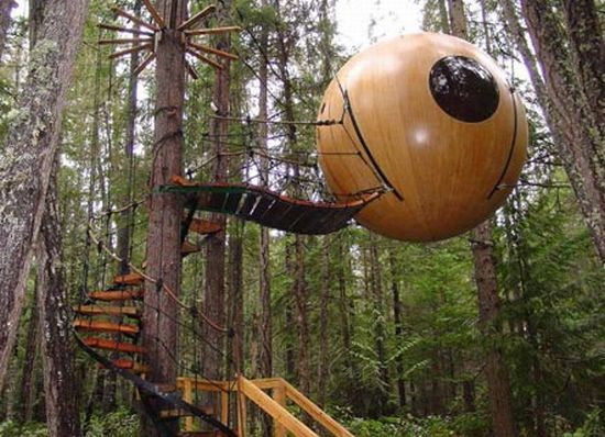 Free spirit houses are built in British Columbia and Canada, which was invented and manufactured by Tom Chudleigh. A grown-up treehouse! #CDNGetaway