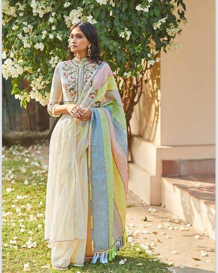Mera ki | Pakistani formal dresses, Traditional outfits