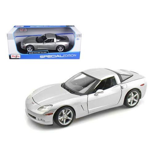2005 Chevrolet Corvette C6 Coupe Silver 1/18 Diecast Model Car by Maisto