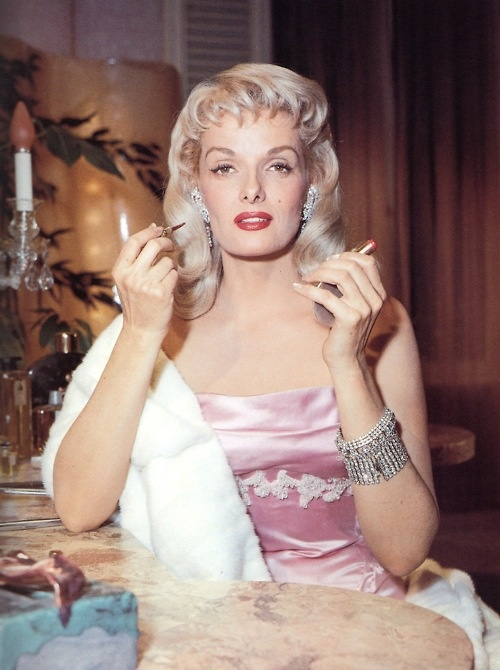 Jane Russell No Don T Like Her As A Blonde So Pretty In