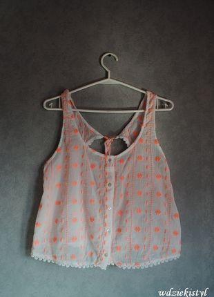 Kup mój przedmiot na #vintedpl http://www.vinted.pl/damska-odziez/koszulki-na-ramiaczkach-koszulki-bez-rekawow/10874651-bluzka-bialo-pomaranczowa-z-bershka
