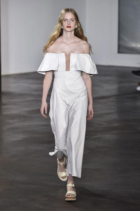 8fd6b93ffc94 70 Best New York Fashion Week Spring 2019 Bridal Trends - NYFW Wedding  Dresses