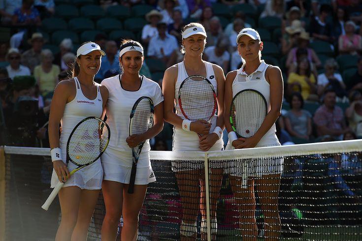 Ekaterina Makarova and Elena Vesnina with Martina Hingis and Sania Mirza before the ladies' doubles final