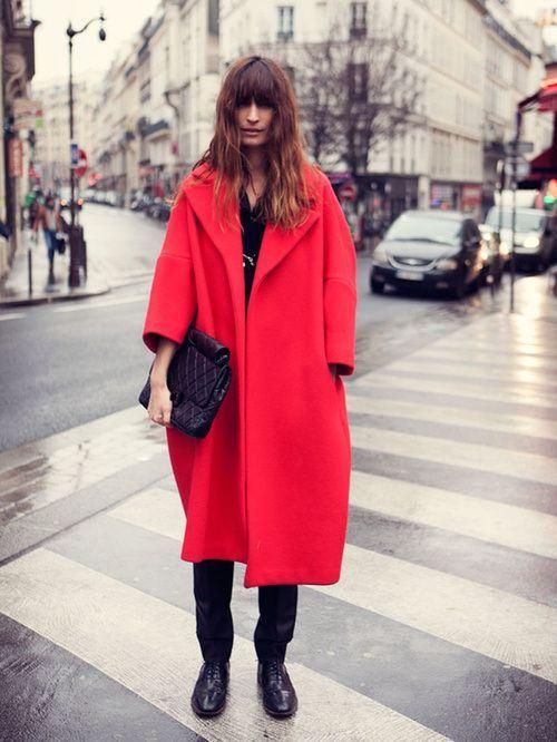 caroline de maigret red over coat