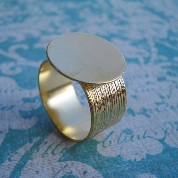 1 Gold Adjustable Ring with 10mm Brushed Gold Band and 16mm