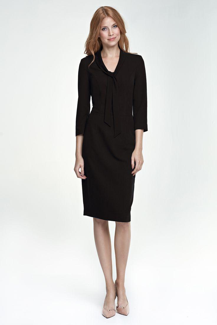 Sukienka z wiązaniem na dekolcie - czarny. Sklep internetowy Eve Polka zaprasza.