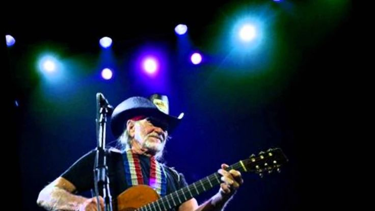 Willie Nelson & Norah Jones - Baby It's Cold Outside