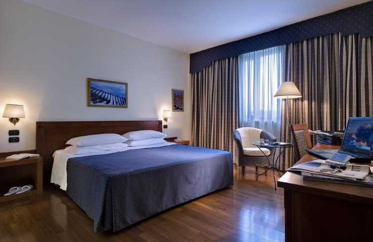 Camera Business - BEST WESTERN Hotel Cavalieri, Bra (CN)