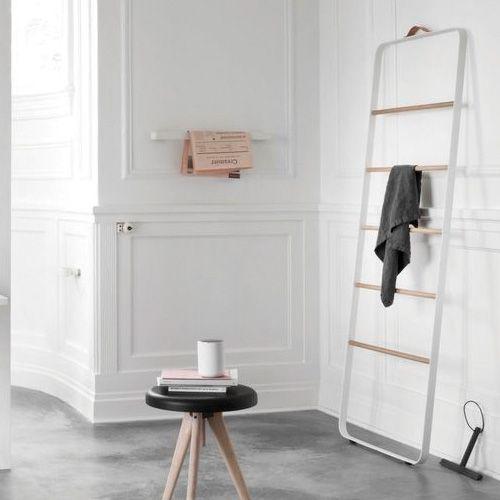 25 beste idee n over badkamer handdoekhouders op pinterest kleine badkamer decoreren - Een wc decoreren ...