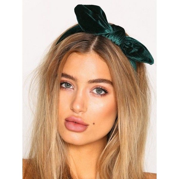 Nly Accessories Velvet Bow Headband 11 Liked On Polyvore Featuring Accessories Hair Accessories Bow Hair Accessories Headband Hairstyles Green Headband