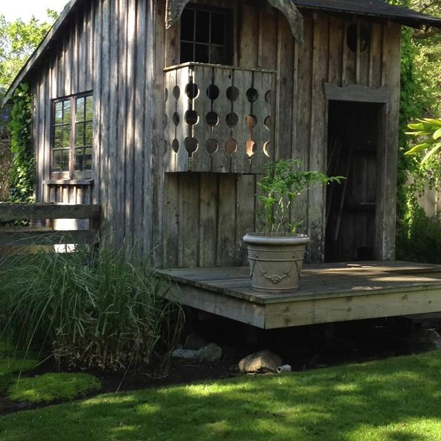 cute garden shed on victorias garden tour today