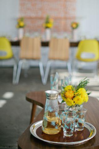 Mod wedding | Kristyn Hogan and Cedarwood Weddings | see more on: http://burnettsboards.com/2015/12/yellow-metallic-mod-wedding/