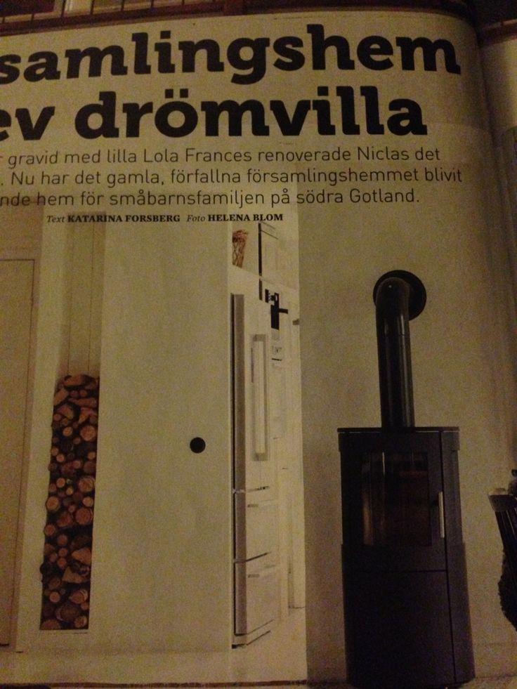 Snygg integrerad vedhylla i Leva&bo nr40 2014