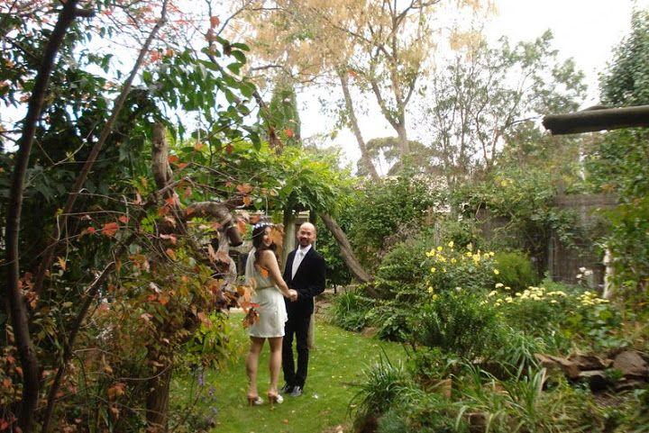 April in the Heart Garden - 112830361713017137351 - Picasa Web Albums