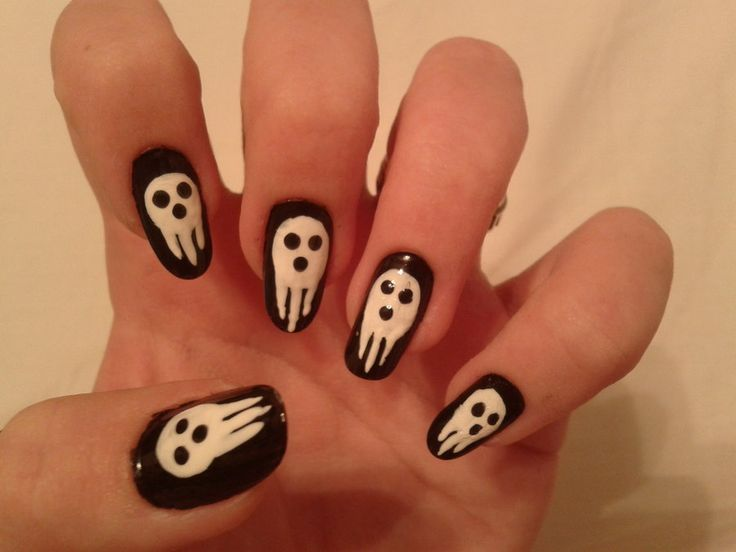 Soul Eater nails by ~Kotys on deviantART