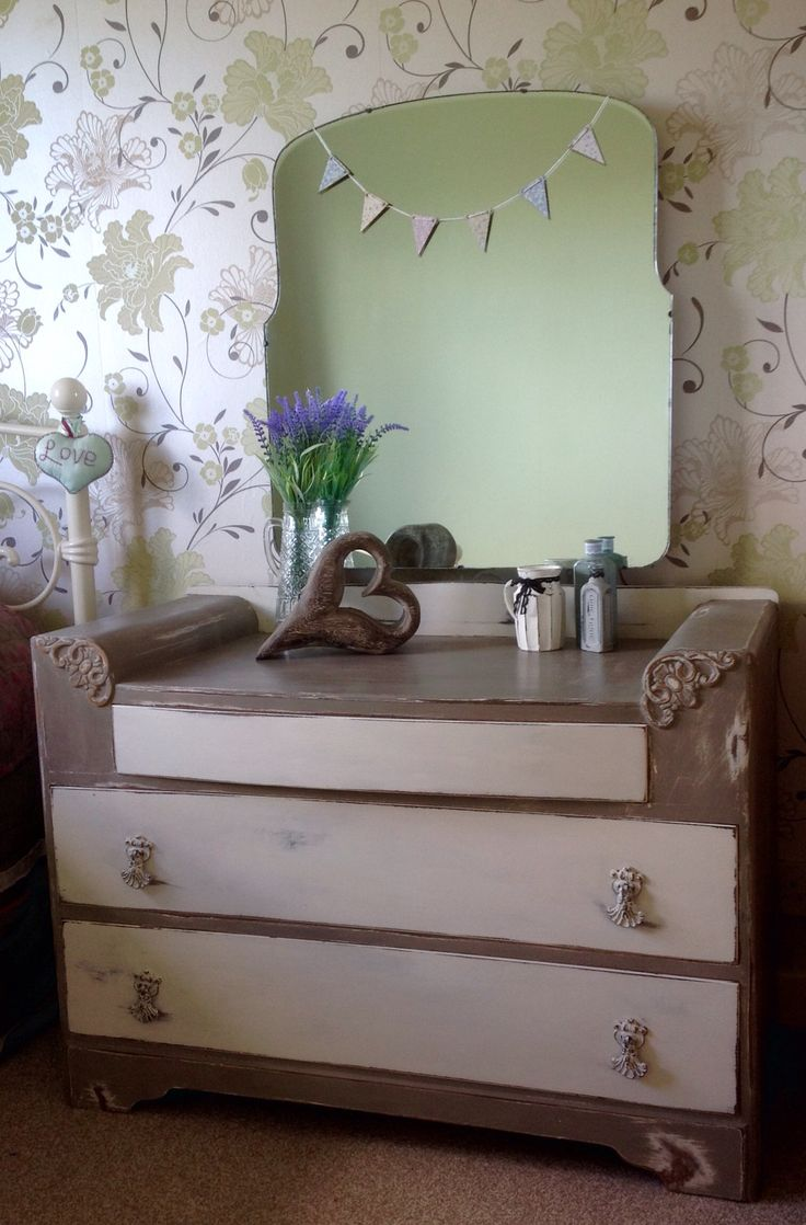 Little Bow Lane  Vintage 3 drawer dresser painted in Annie Sloan French Linen & Old White chalk paint x