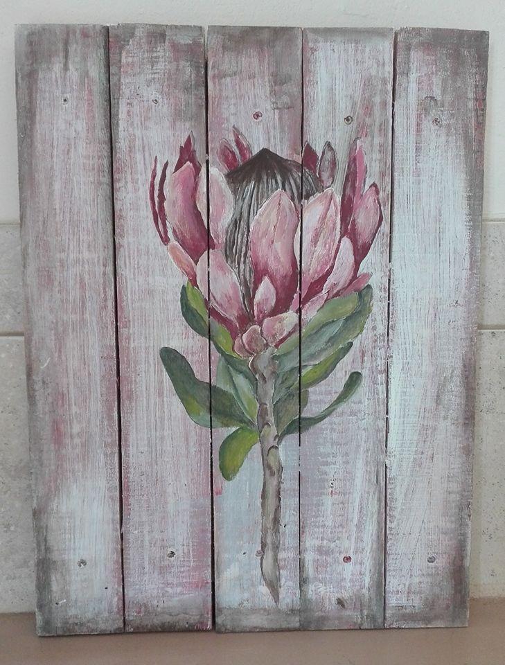 Protea on slatted wood, wash background!