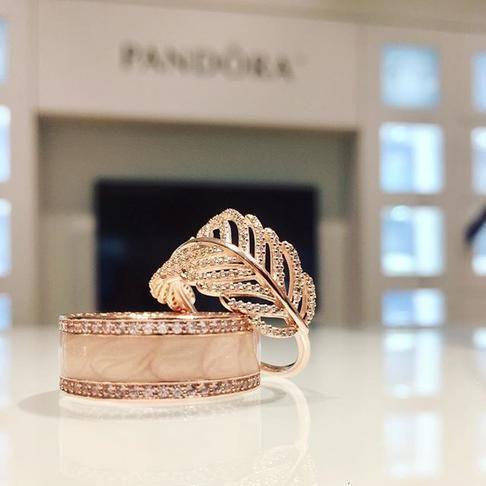 946e2cc721afc Hearts of PANDORA Ring, PANDORA Rose™, Cream Enamel & Clear | Jazzy ...
