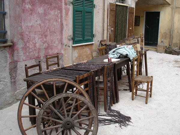 Backstage i tavoli dell'Osteria