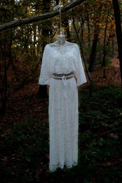 Robe de mariée kimono Bolingo dentelle par atelierquatrepoint