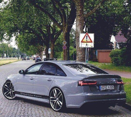 Audi S6 dommage pas de RS6 en berline  - http://ift.tt/1HQJd81