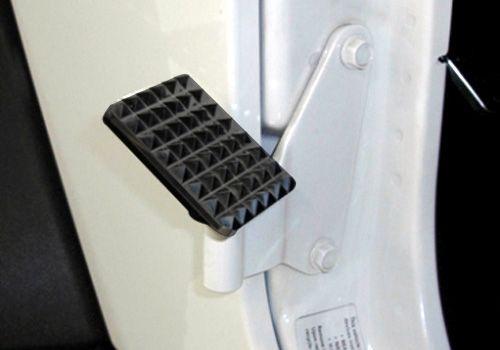 Jeep Accessory - RealWheels Jeep Wrangler Black Powdercoat Billet Aluminum Side Foot Rest - JK