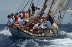 Classic Yacht VIXEN II For Sale- Classic Yachts for Sale-Classic Yacht Brokerage-Schooners-Wooden Yachts-Wooden Boats-Classics for Sale