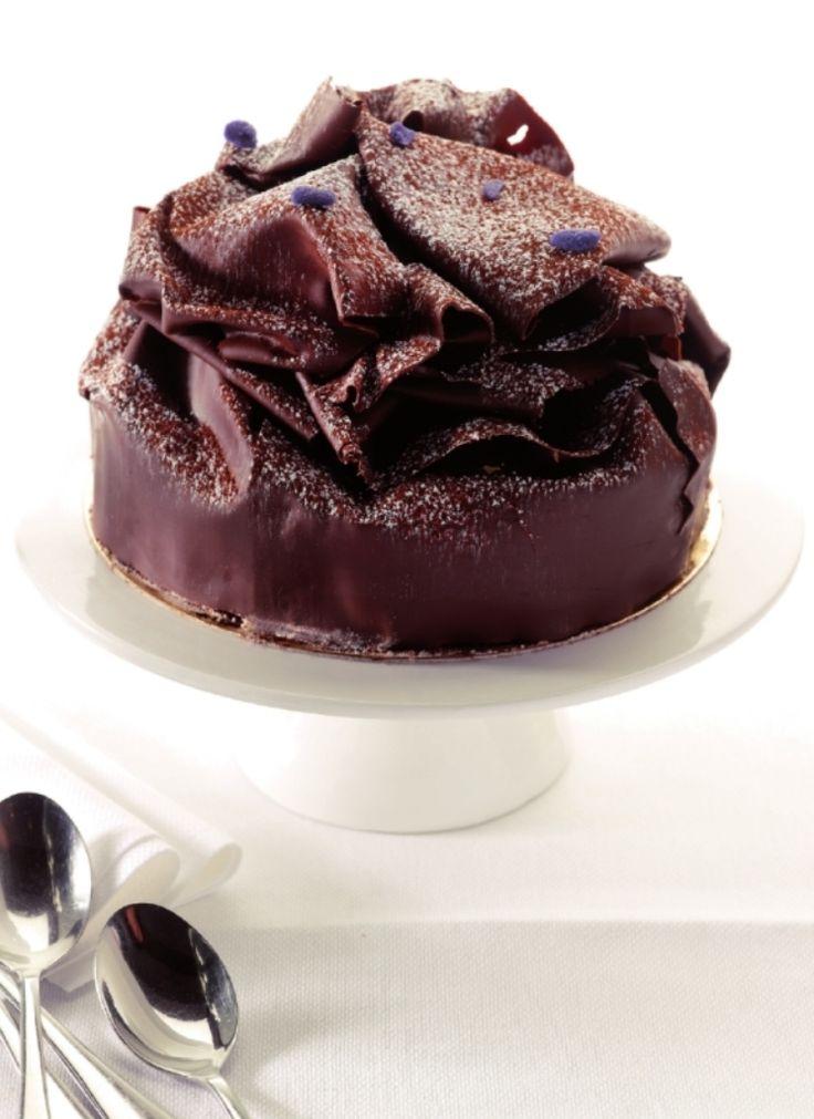 Chocoladetaart om van weg te smelten  http://njam.tv/recepten/chocoladetaart-om-van-weg-te-smelten