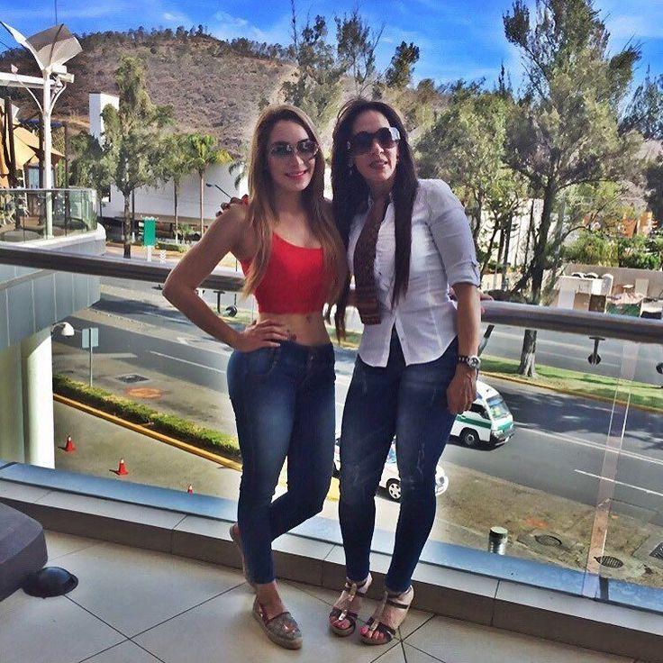 Seguimos festejándonos!! Felicidades #mamacita #teamo #happymothersday  by melissaplancarteoficial
