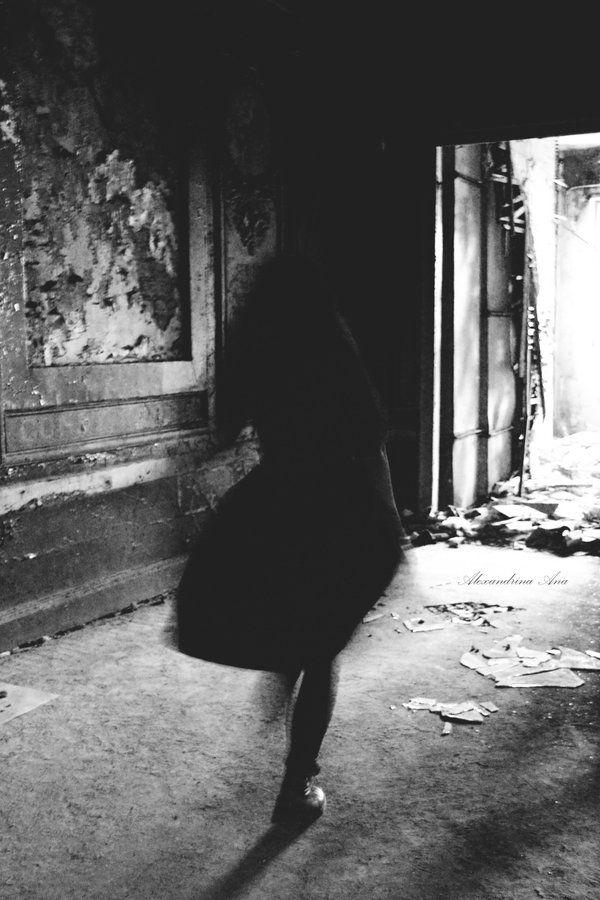 La Danse Macabre Du Vampire by AlexandrinaAna.deviantart.com on @deviantART