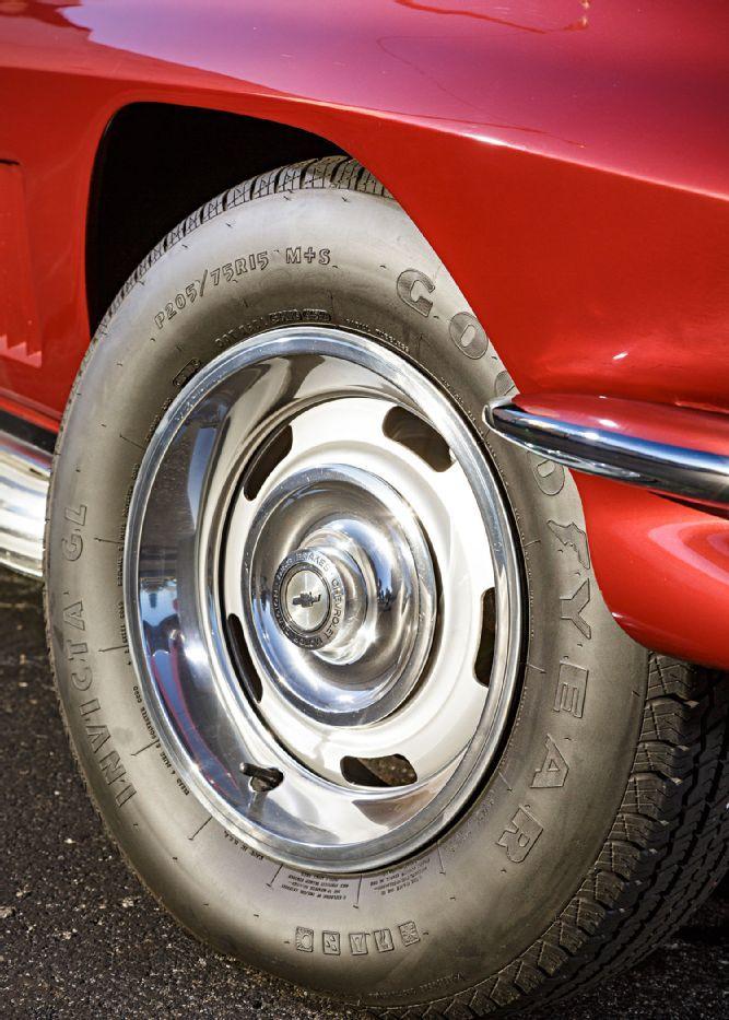 Chevrolet Corvette Wheel