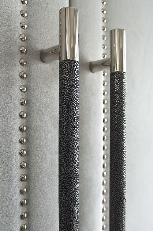 shagreEn handle inset