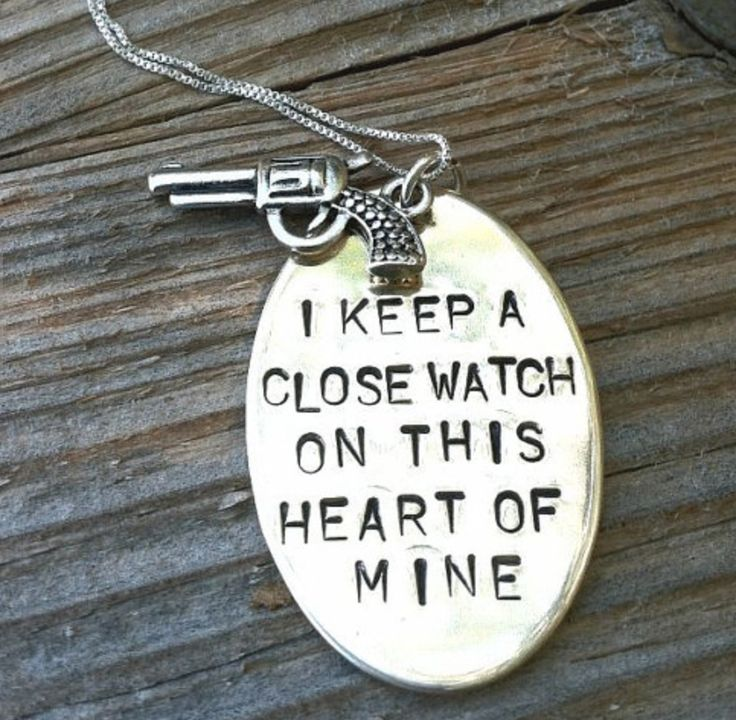 things I'm in love/obsessed with: Johnny Cash necklace-- Ha! I was just thinking this yesterday! I'm extremely protective of my heart.