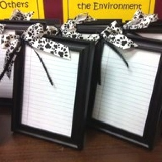 Dry erase boards made out of picture frames! Place a piece of binder paper in the frame as the picture then use a dry erase marker on the glass to keep reminders/to do's on. This would be awesome for a teacher gift. Via 24/7Moms