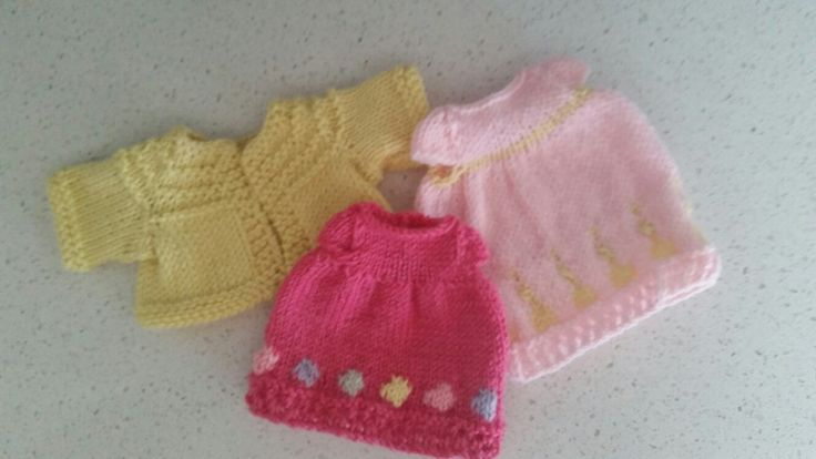Little cotton rabbits outfits wrapped for Christmas - 1