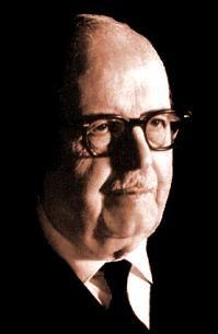 Bernardo Alberto Houssay (10 avril 1887 à Buenos Aires - 21 septembre 1971 à Buenos Aires) est un physiologiste argentin connu pour ses travaux sur les glandes endocrines. Il a reçu la moitié du prix Nobel de physiologie ou médecine de 19471.