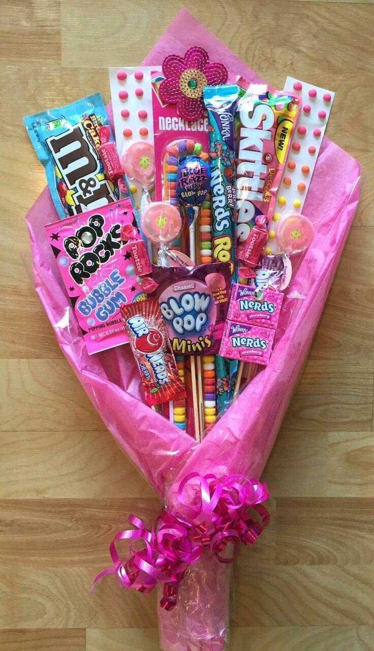 Estos lindos ramos o bouquets de dulces son perfectos para obsequiar en graduaciones, cumpleaños o fechas especificas como san Valentín o D...