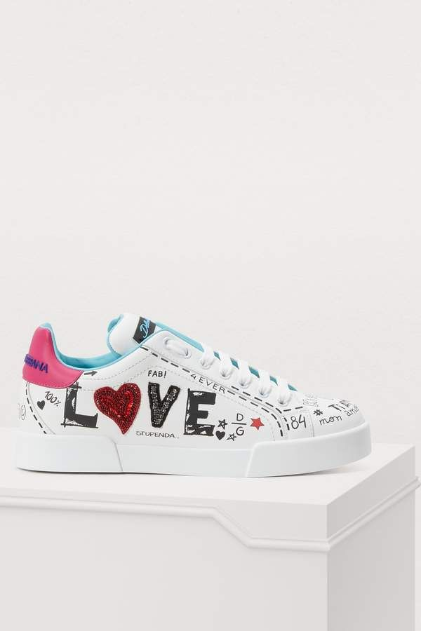 Dolce & Gabbana Customized heart sneakers | Sapatos bonitos