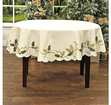 Lauren Holly Holly Leaf Tablecloth