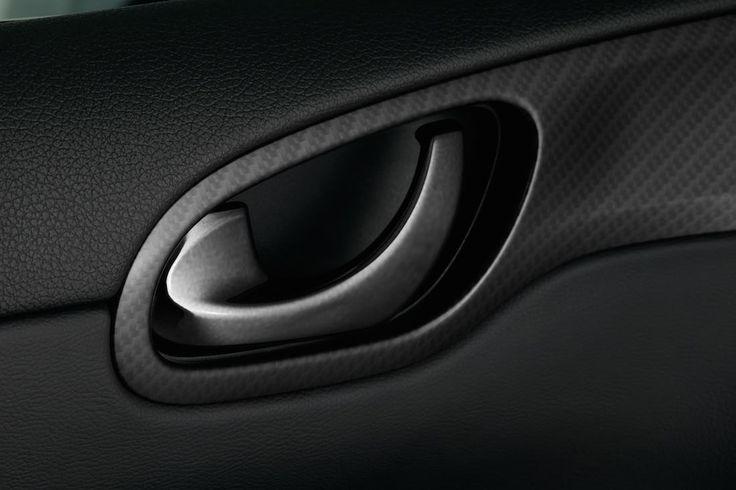 La Nissan Pulsar Nismo Concept dévoilée au Mondial de l'automobile de Paris - via www.nissan-couriant.fr