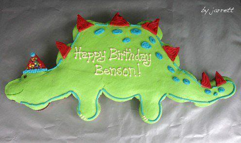 Birthday Dinosaur Cupcake Cake!