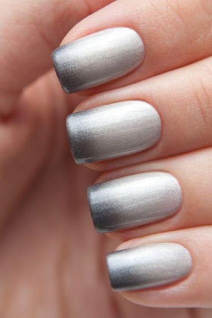 Stunning Silver Manicure!