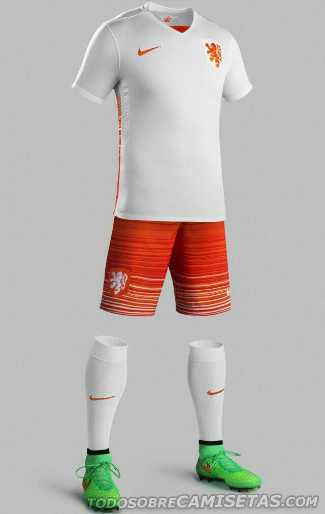 Pin de Luis en poleras nike   Equipo de fútbol, Uniformes de