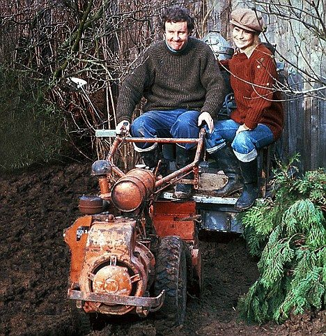Fuelling my early dreams of semi-self-sufficiency and the 'simple' life. Comedy originals: Richard Briers and Felicity Kendal as Tom and Barbara Good