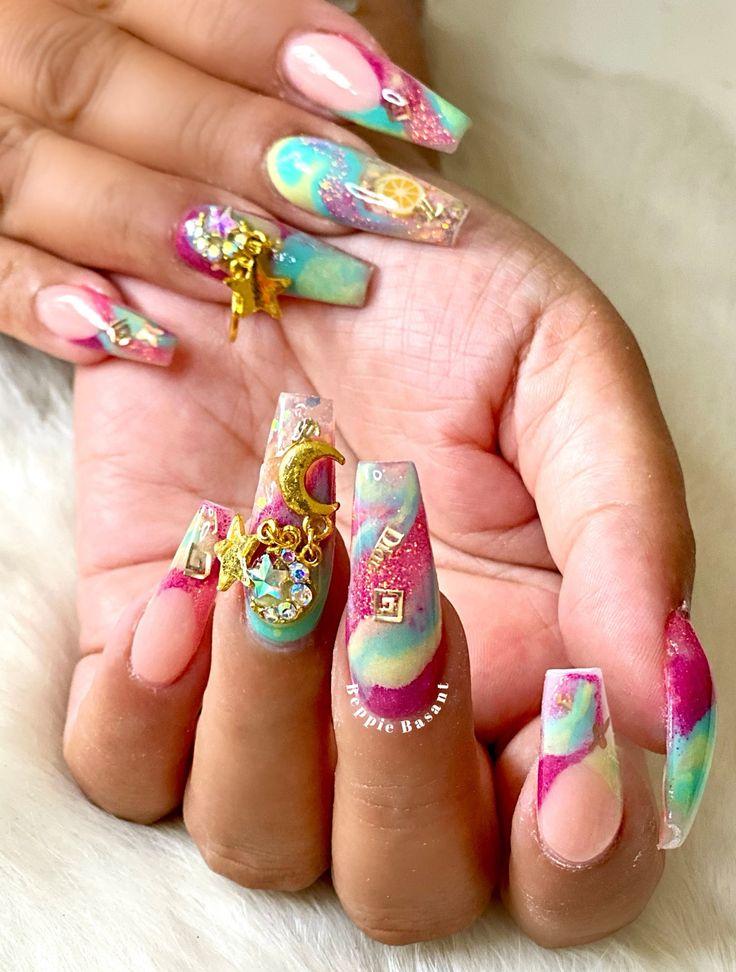 Pin op nails