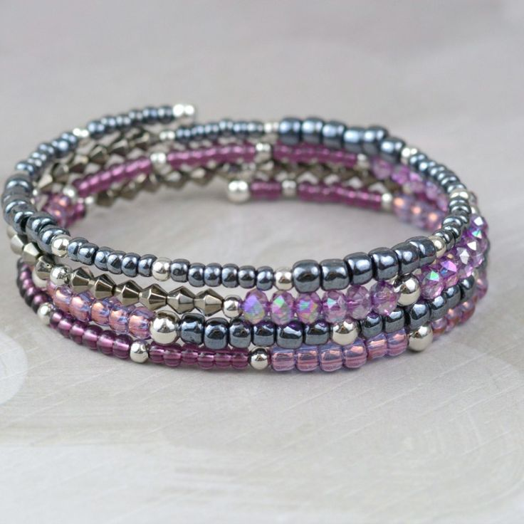Love DIY jewelry? New beaders and veterans alike will enjoy making easy memory wire bracelets!