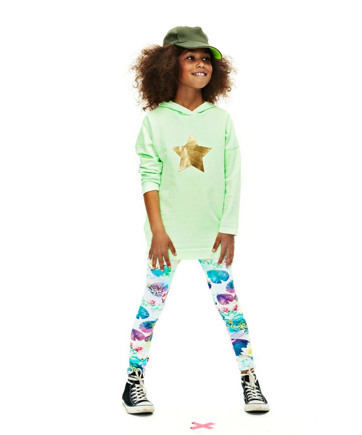 Molo Gorgeous Mintgreen Hoodie with Star Print. molo.en.emilea.be