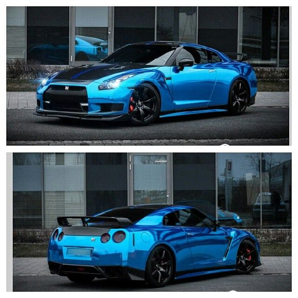 Blue chrome and carbon fiber Nissan GTR